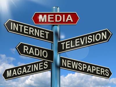 giornali-tv-radio-volantino-logo-media-internet-depliant